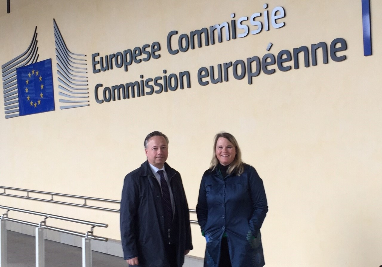 Claes o Pia hos kommissionen (2)